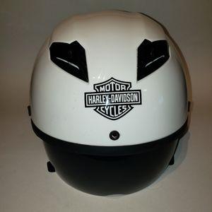Harley Davidson helmet FMYSS NO. 218